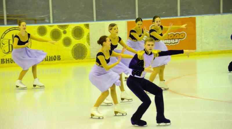 """Танцы на льду """"Кумпарсита"""""""