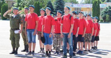 Школьников будут готовить к службе в армии
