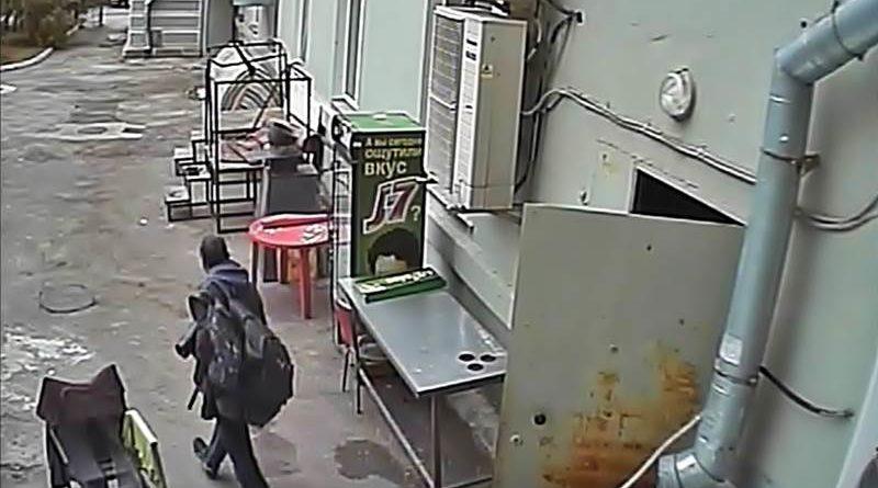 "Бомж в ресторане ""Волга"""