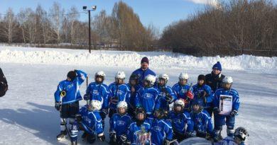 Легендарный хоккеист Третьяк посетил Самарскую область